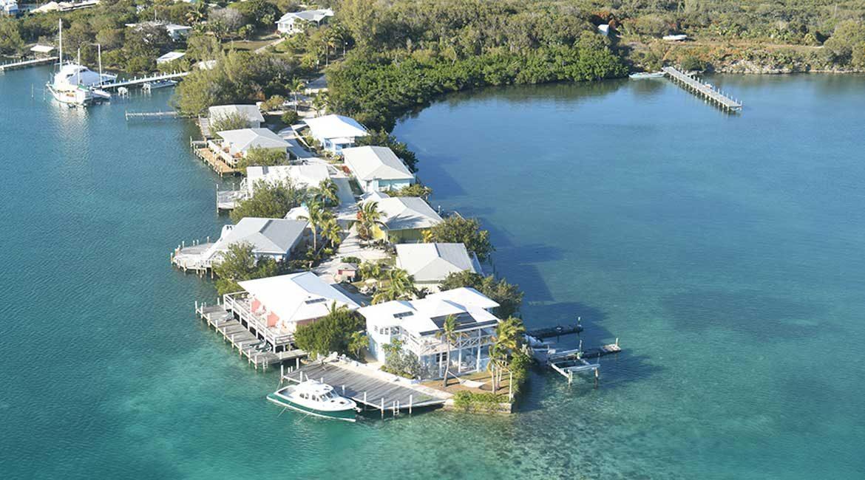 Green Turtle Club Resort & Marina - Buy Everybody a Round!