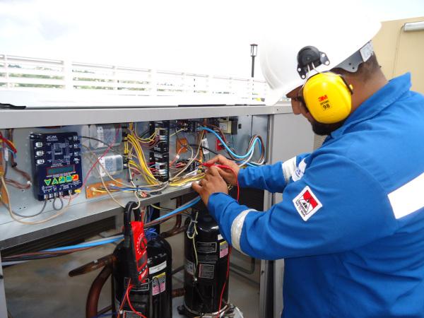 Servus HVAC Technician at work