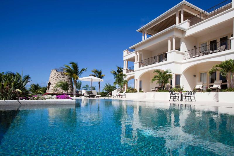 Blue Waters Resort & Spa poolside view